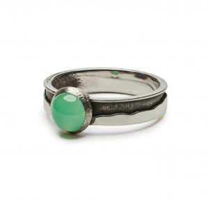 Green Mountain ring with chrysoprase