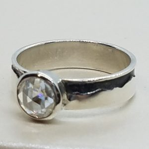 Mountain ring with rose cut diamond